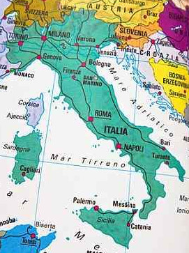 Host or join 'toll free' multi-country conference calls from Italy